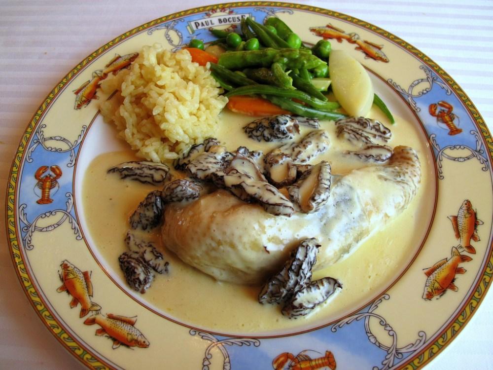 Volaille de Bresse cuite en vessie