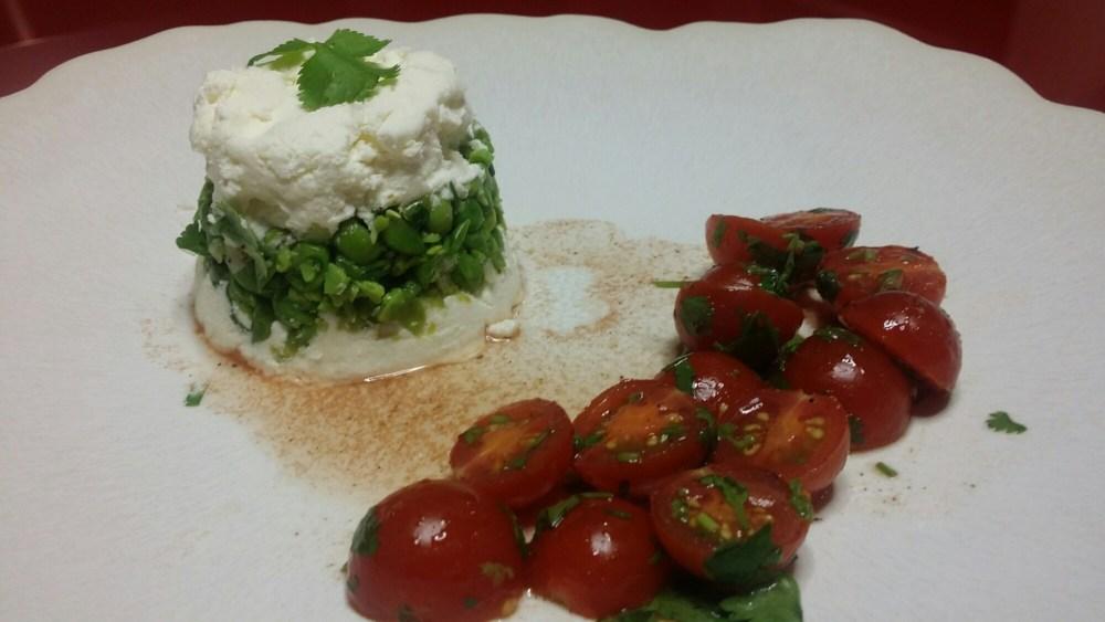 avec des tomates au vinaigre et coriandre.