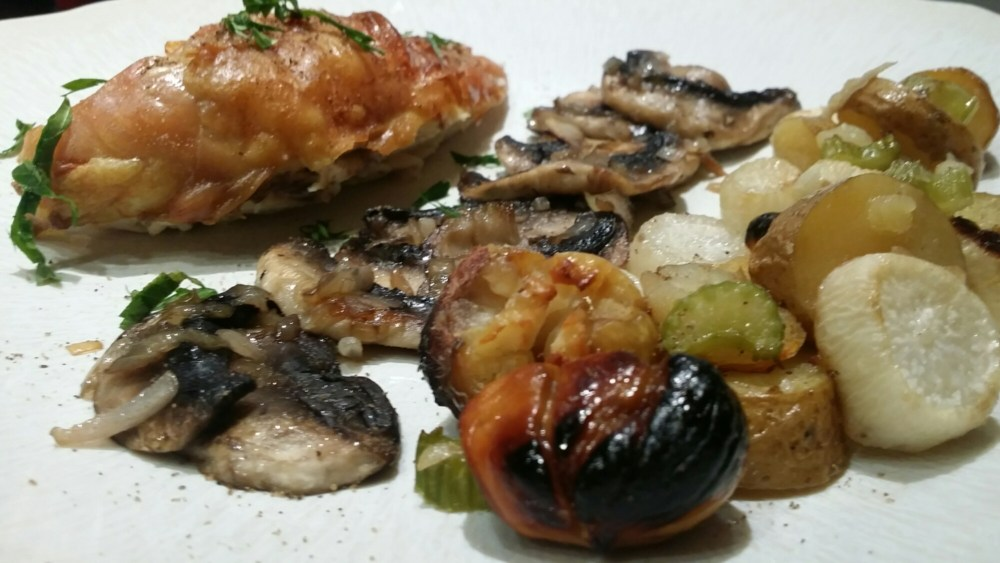 Suprême de poulet aux marrons et autres légumes d'automne.