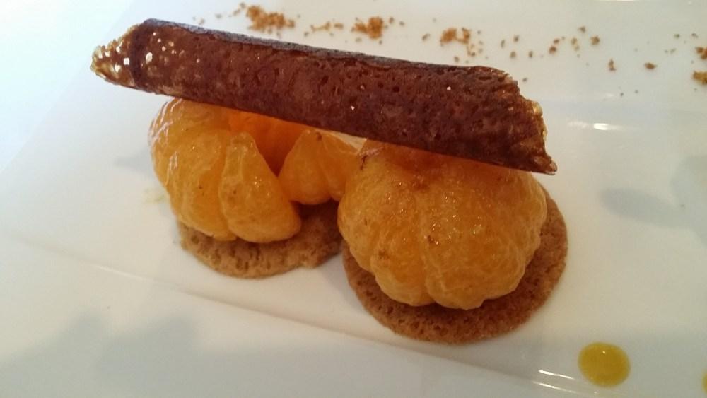 Clémentine Corse rôtie, Speculoos et crème glacée Yuzu
