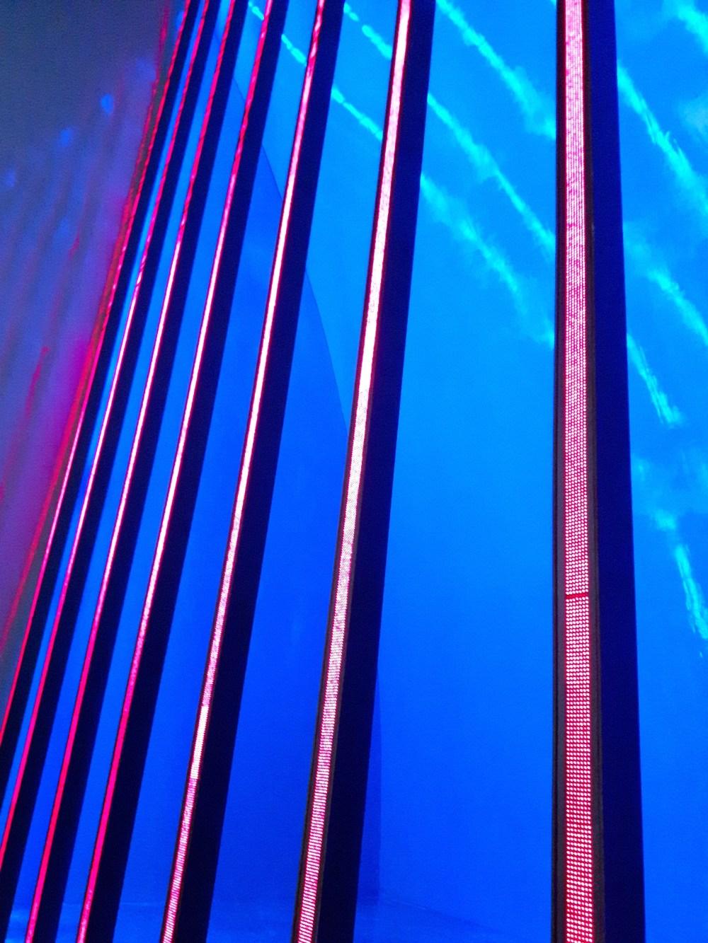 Le mur diodes lumineuses de Jenny Holzer