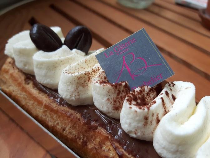 Éclair chocolat café (Adrien Bachelier).