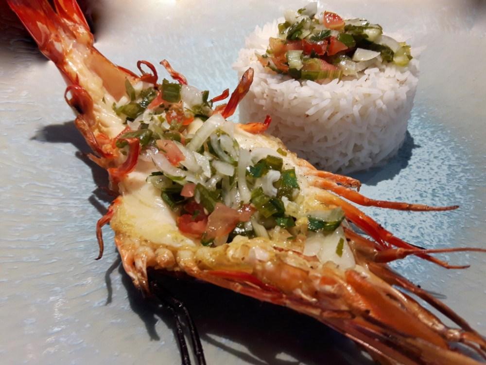 Crevettes royales sauce épicée.