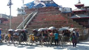 Temple de Trailokya Mohan Narayan, aussi détruit par le séisme