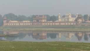 Un autre Mausolée: l'Itimad ud-Daulah, surnommé le Baby Taj