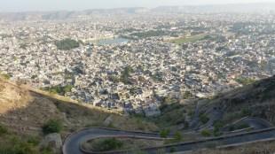 La montée vers le Nahargarh est abrupte!