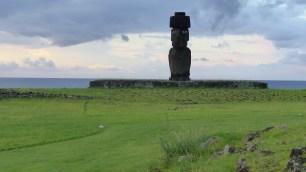 Le seul Moai de l'île ayant encore les yeux en corail