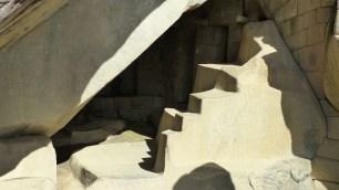 La grotte cérémonielle, sous le temps