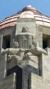 Détail du monument en hommage à la révolution