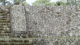 Les pierres semblent avoir été choisies avec précision pour s'assembler au mieux