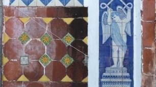 Détail de la façade de Notre-Dame de Guadalupe