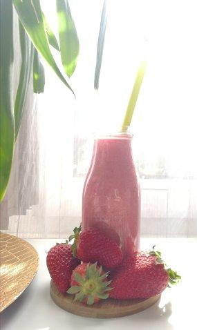 smoothie fraise les idées de mimi 22299248420393458978..jpg