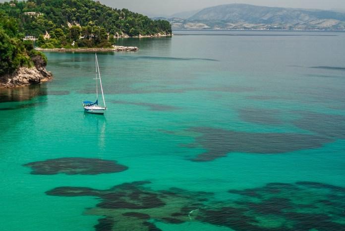 Les 3 plus belles plages en Grèce - Canal d'amour