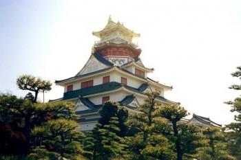Reconstitution du château d'Azuchi.