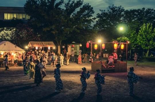 Obon festival à Chiba par Les Taylor