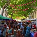 Faire de belles rencontres au marché de Ste Cécile les Vignes
