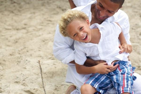Seance famille plage Sainte Luce 43