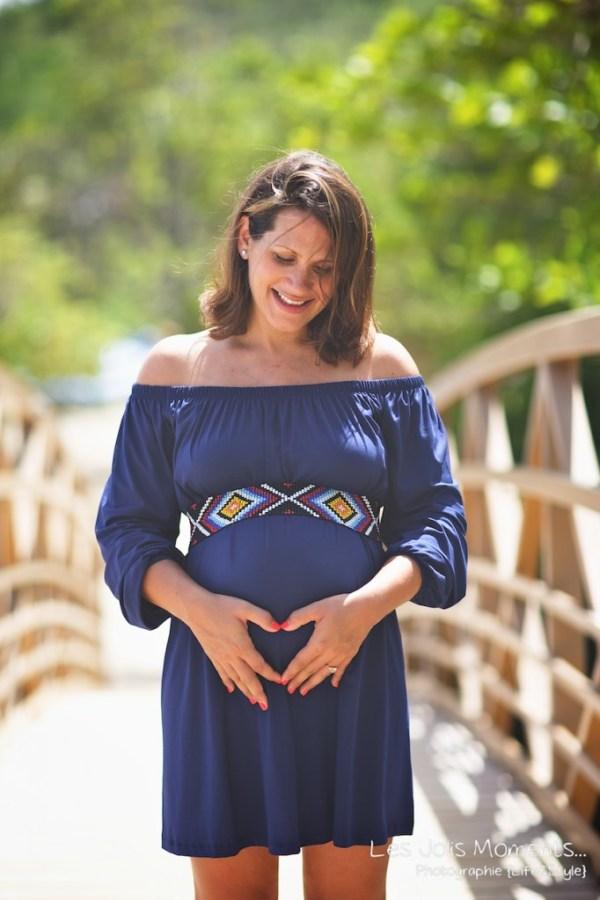 Seance grossesse en famille a la plage Martinique 35