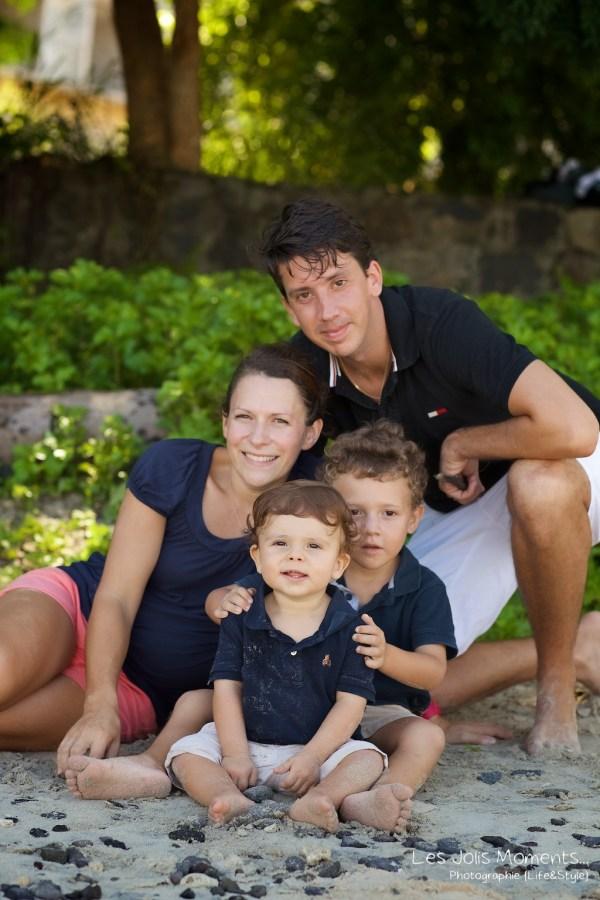 Seances photo en famille en Martinique pointe du bout