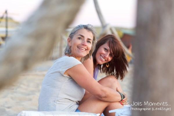 seance-photo-entre-amies-sur-la-plage-20
