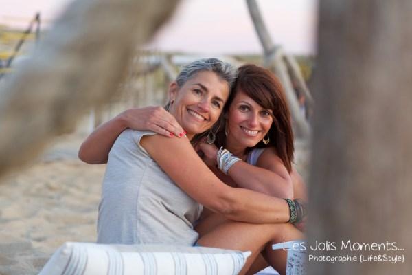 seance-photo-entre-amies-sur-la-plage-21