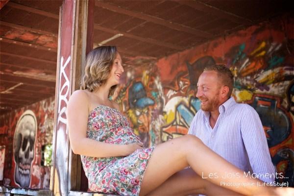 Seance grossesse dans des friches de Martinique 7
