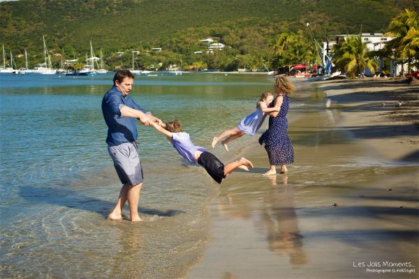 Seance grande famille sur la plage de Grande Anse 18