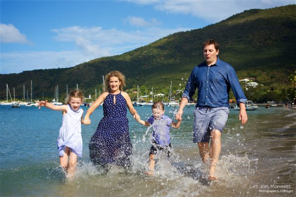 Seance grande famille sur la plage de Grande Anse 21