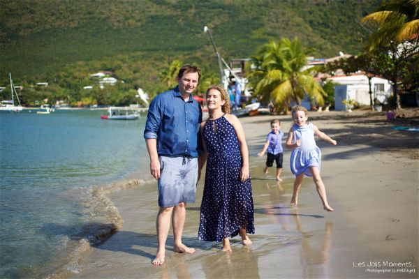 Seance grande famille sur la plage de Grande Anse 22