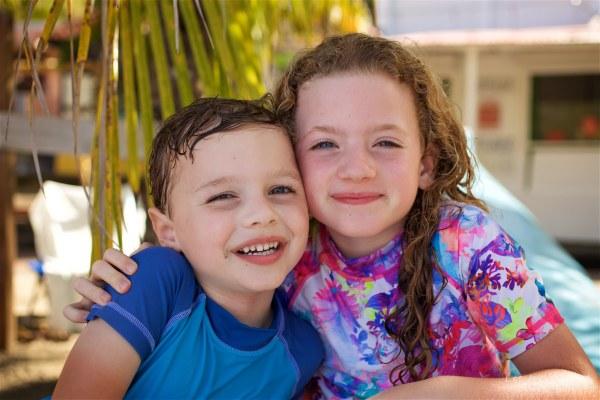 Seance grande famille sur la plage de Grande Anse 31