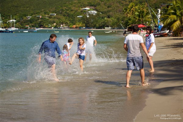 Seance grande famille sur la plage de Grande Anse 33