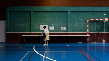 Régionales: scrutin sous haute abstention
