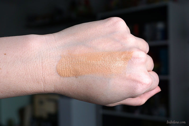 well people tinted moisturizer shade 2 swatch