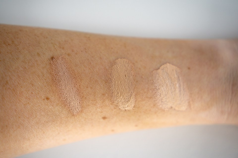 Pacifica Alight Clean Foundation | REVIEW • lesliehere.com