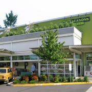 New Seasons Market is everything a local grocer should be. The Portland version of that other national brand.
