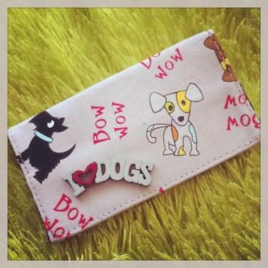 8 Un porte cartes personnalisé petits chiens - ladybird accessoires