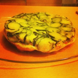 tatin courgettes, lardons, mozzarella
