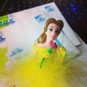 Je traite vos commandes avec l'aide de Belle