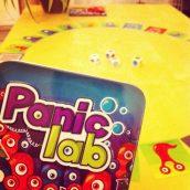 On joue à Panic lab