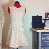 Et une jolie robe rétro !