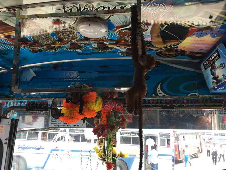 décoration de notre bus au srilanka
