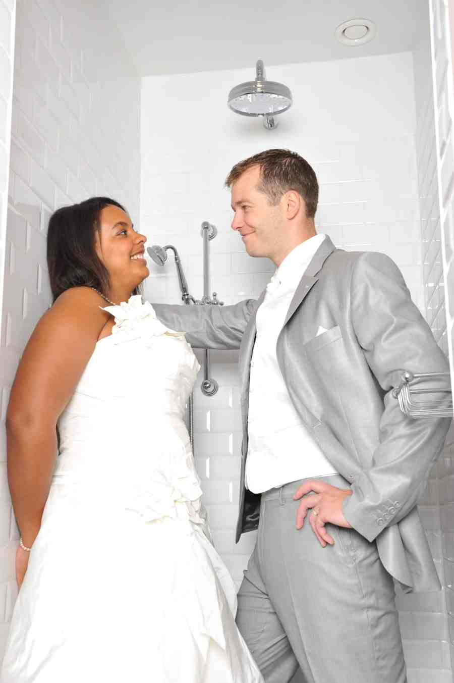 mariés-douche-casa-romantico-bruges