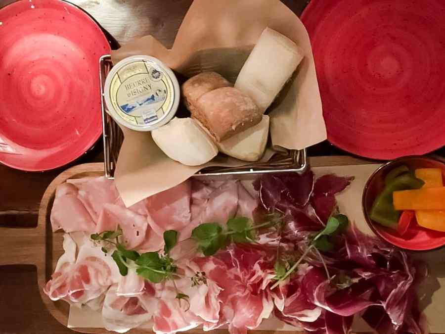 planche-charcuterie-tapas-bruges-italienne