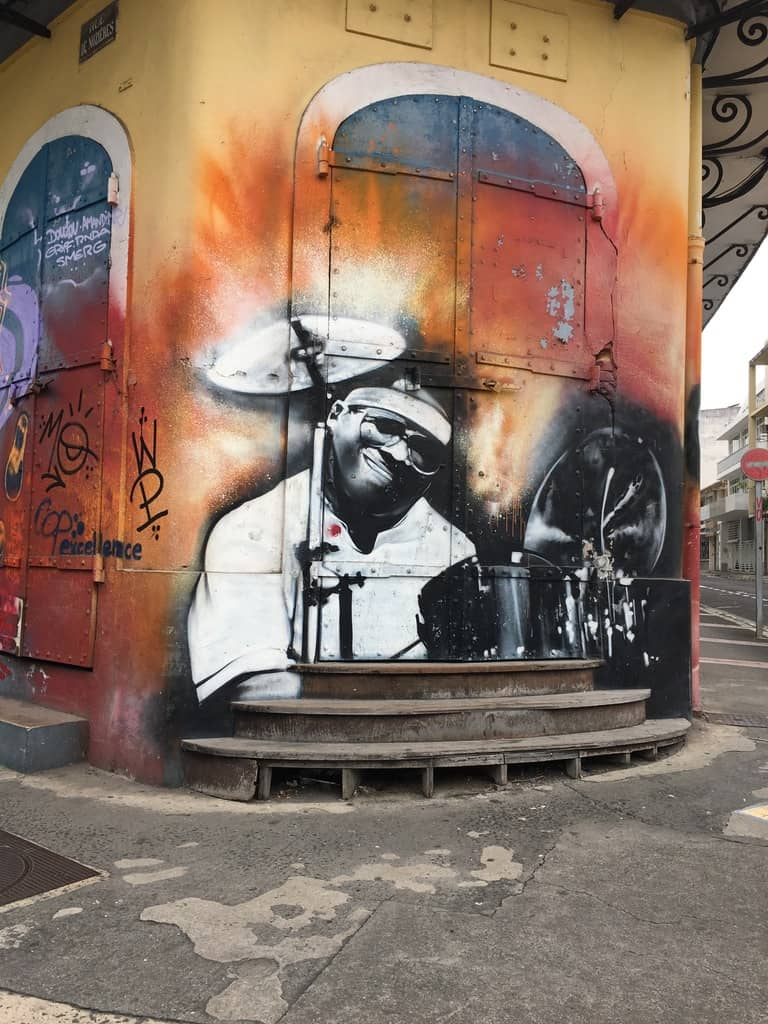 street art-pointe pitre-oeuvres-graf-tag-mural-musique-couleurs