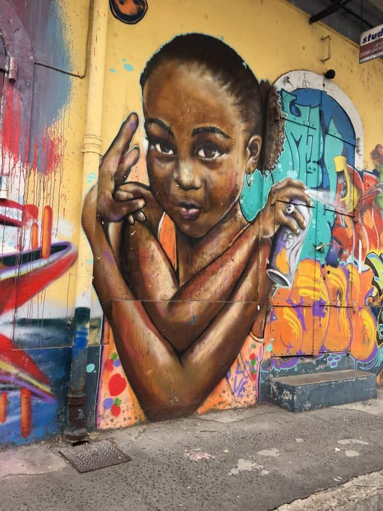 street art-pointe pitre-oeuvres-graf-tag-mural-enfant-fillette-couleurs