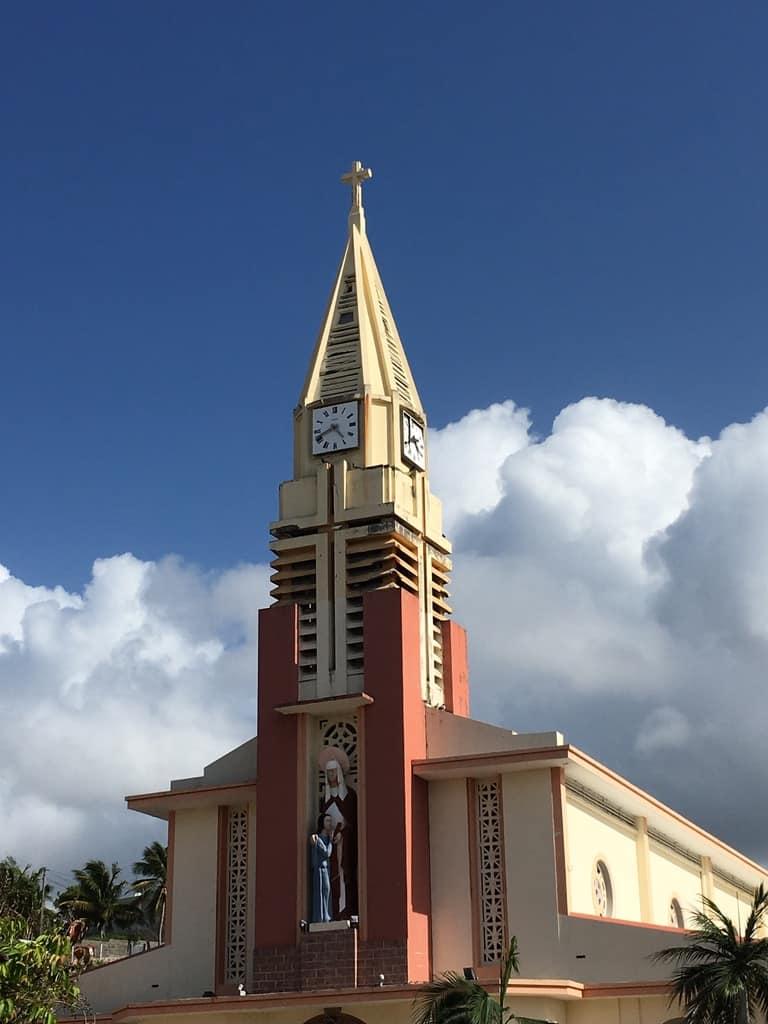 église-centre-ville-sainte anne-guadeloupe-caraibes