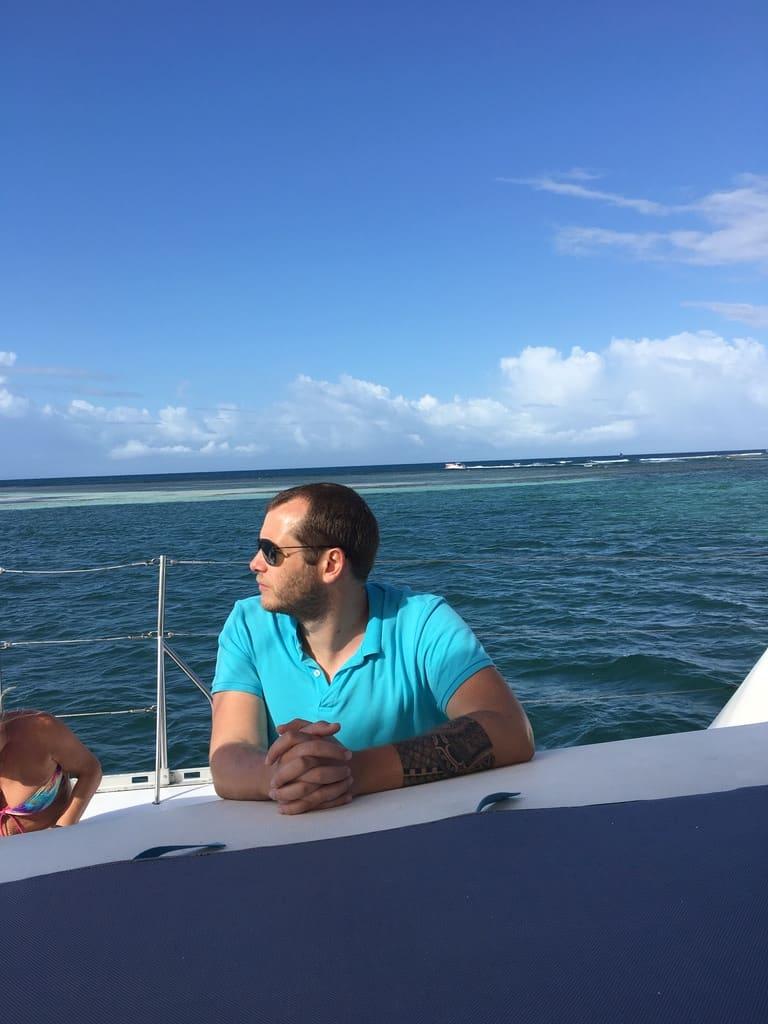 guadeloupe-caraibes-croisiere-catamaran-jeff-en mer
