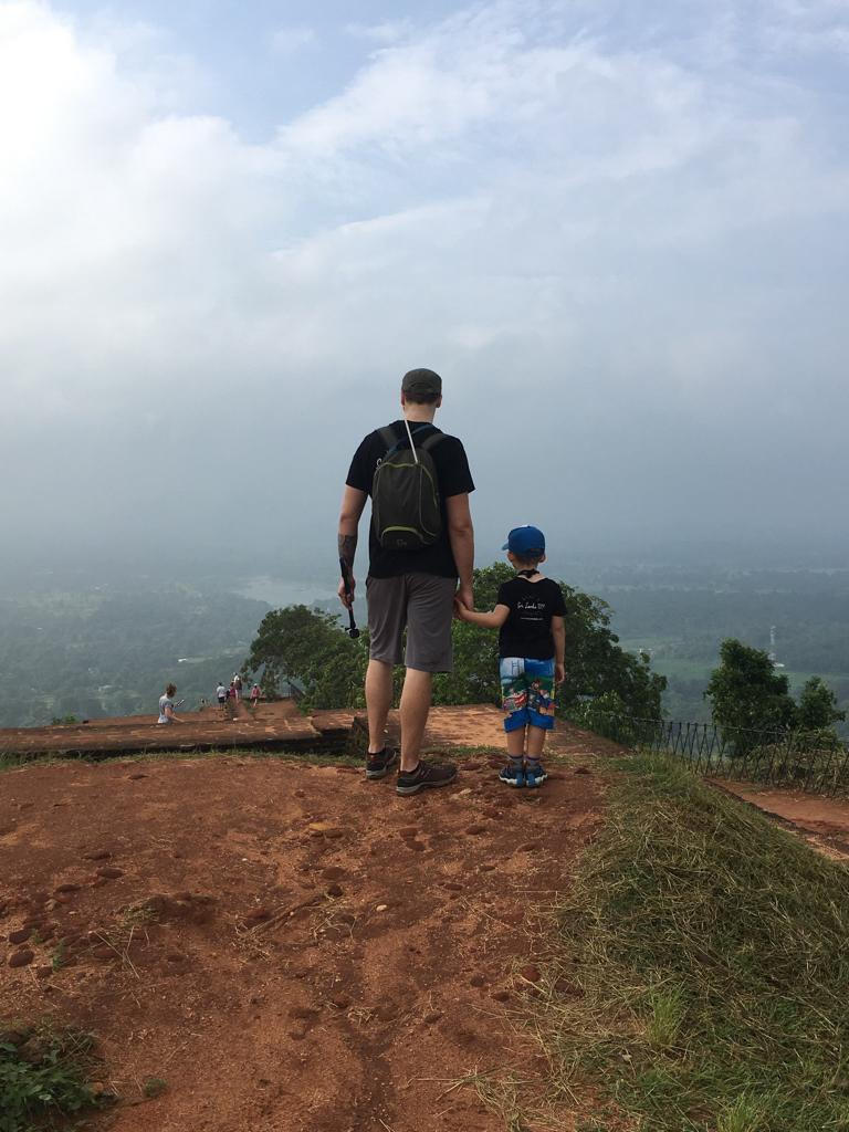 Jeff et Axel au sommer du rocher du lion à Sigiriya