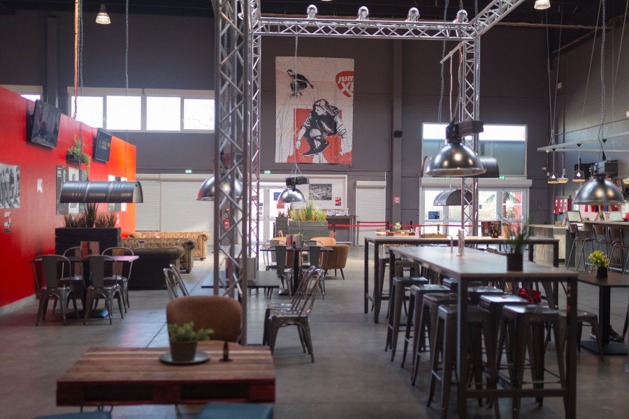 Décoration industrielle au Jump XL à Valenciennes