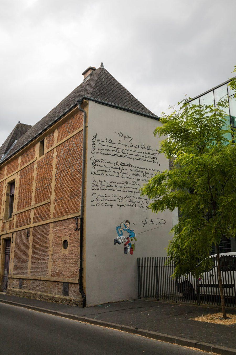 Arthur Rimbaud sur les murs de Charleville Mézières